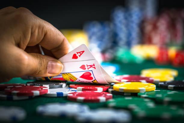 Casinos físicos de Lima laboran una vez más